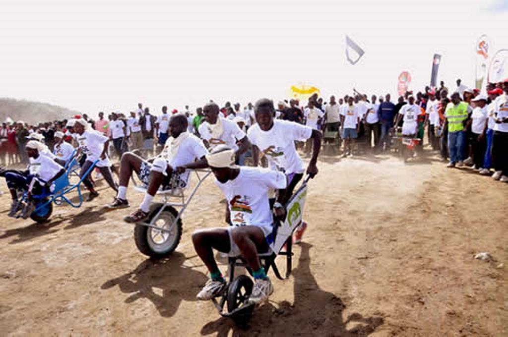 Hell's Gate Wheelbarrow Race