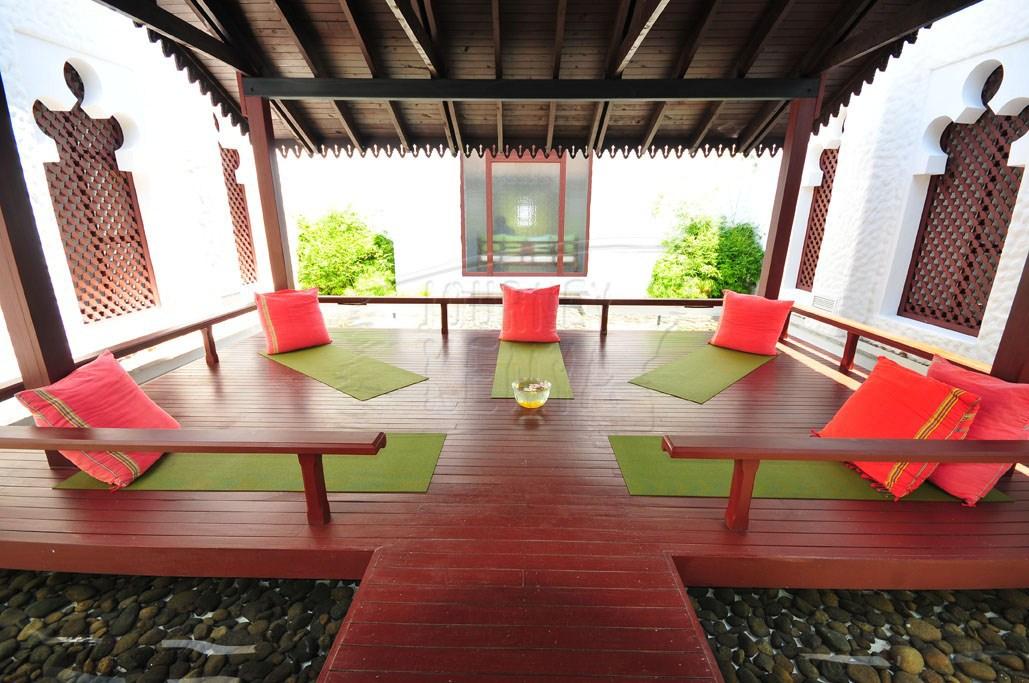 An open-air treatment room at Serena Mombasa Spa